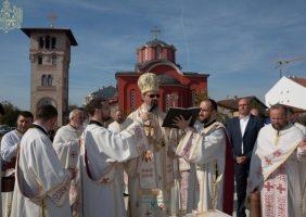 Епископ Исихије освештао темељ Светосавског дома у Бачкој Паланци