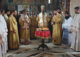 Епископ Иринеј: Цео наш живот треба да буде богослужење