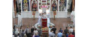Епископи Иринеј и Исихије на Видовдан у Светосавском храму