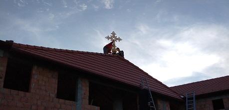 Часни Крст обасјао Светосавски дом у Змајеву